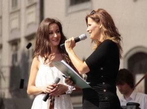 Anka Repková s Katarínou Brychtovou na koncerte Francúzsky deň